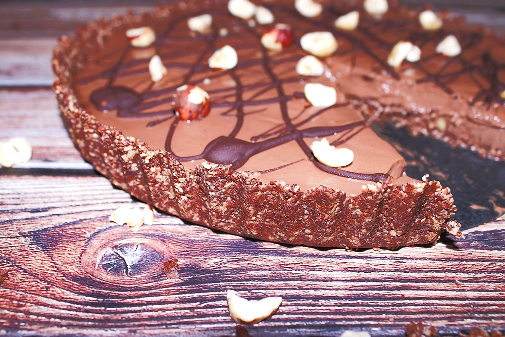 dark chocolate tart with hazelnuts vegan