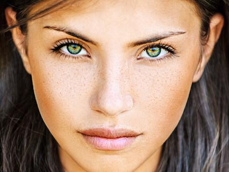 איך להעלים כהויות מתחת לעיניים? רמז, ביופפטיקס קרם עיניים