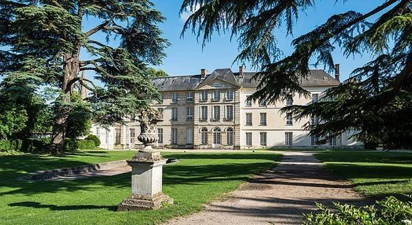 Chateau de Jambville