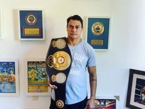 Popó divulga leilão do Cinturão Mundial de boxe  para caridade