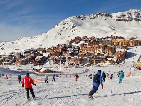 Ouverture des stations de ski : un espoir à l'horizon pour Noël !