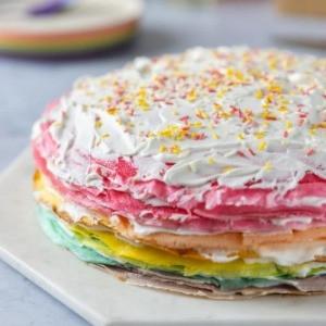 gâteau crêpe arc en ciel