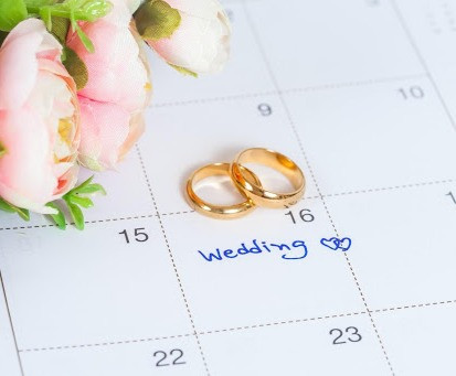If you are willing to move your wedding date to an off-peak day like Monday through Thursday, there is a better chance that in the long run, you will have the least amount of core event changes as possible.
