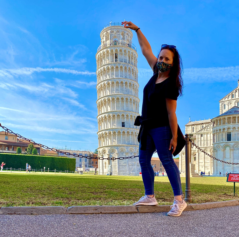 tower-of-pisa-poses