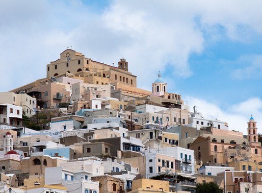 Ano Syros | A Catholic Medieval Settlement of Cyclades