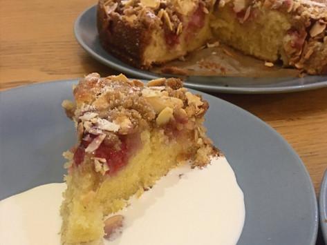 Raspberry and Almond Crumb Cake Recipe