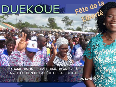 DUEKOUE : MADAME SIMONE EHIVET GBAGBO ARRIVE À LA 20 E ÉDITION DE LA FÊTE DE LA LIBERTÉ.
