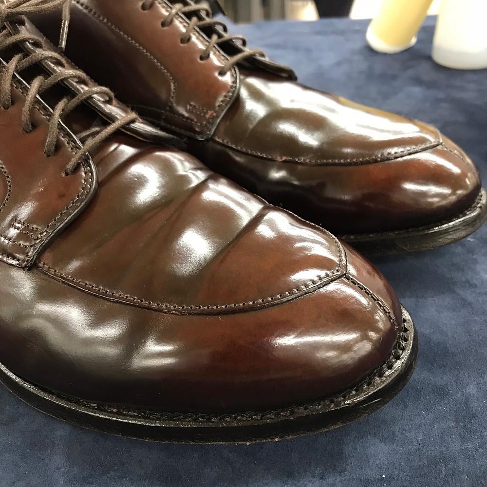 靴 磨き の 少年 靴磨きの布に最適な素材は?革靴ケアに日用品を再活用