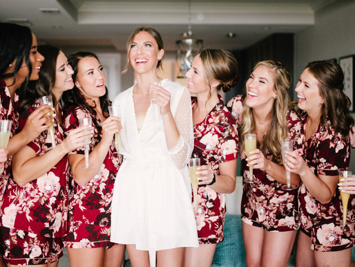 Top 5 Must Have Photos with your Bridesmaids!