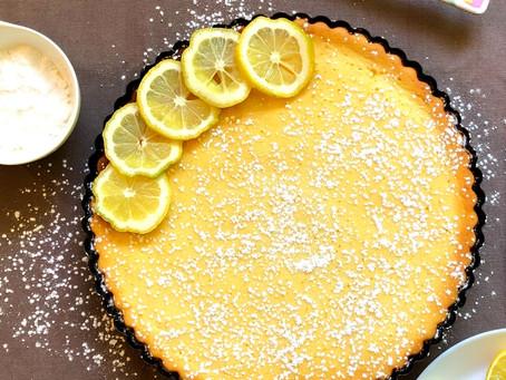 Erfrischende Zitronentarte mit Birkenzucker und Zitronenöl