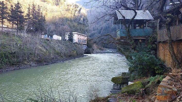 גשר מקחונצ'טי גאורגיה