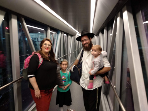 The Gromach family-new shluchim Chabad Kyoto