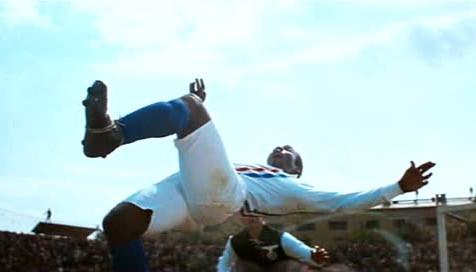 La mitica rovesciata acrobatica di Pelè