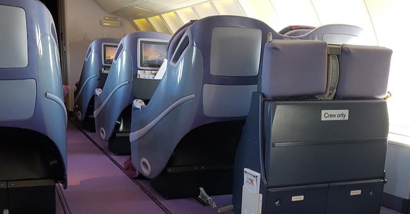 Business class, Thai Airways Boeing 747-400