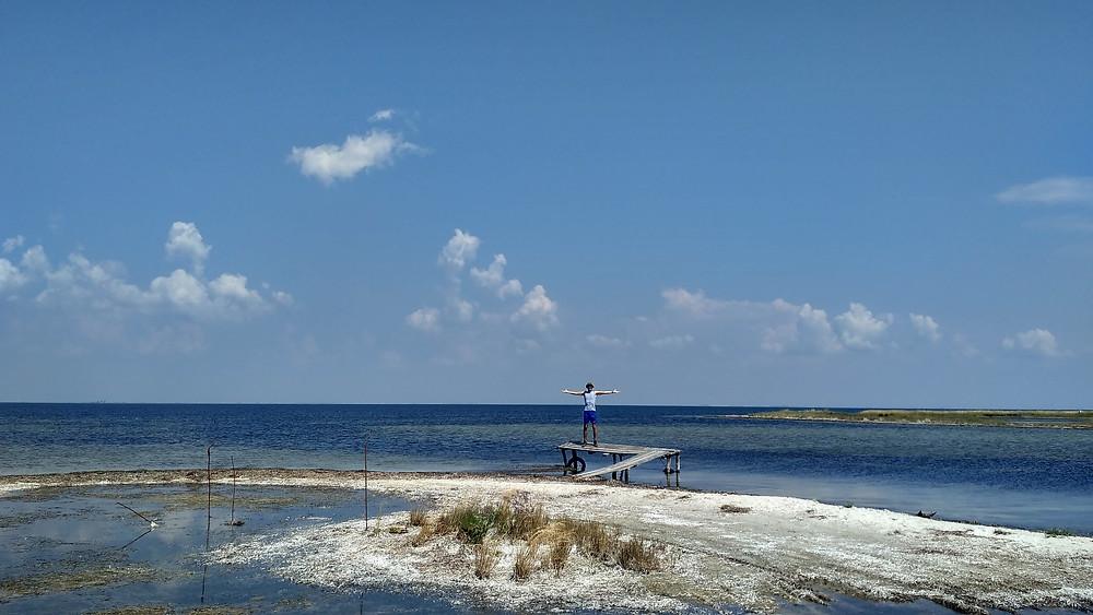 azov sea trip traverse tactical team ttt sand beach summer vacation ukraine kherson траверс тактикал тим ттт азов азовское море херсон лето море отпуск путешествие пляж песок солнце ттт
