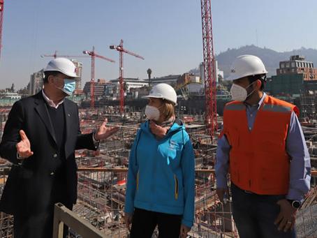Ministro de obras públicas supervisa obras del proyecto