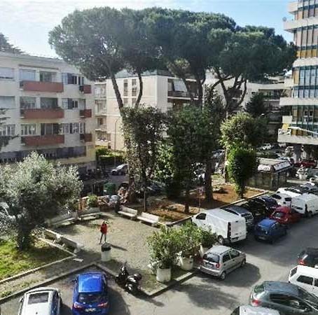 Vigna Clara: la rinascita di piazza Jacini, la piazza del quartiere -VignaclaraBlog - 26 Giugno 2020