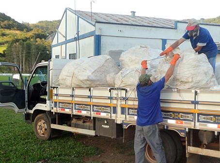 Município recolhe embalagens de agrotóxicos