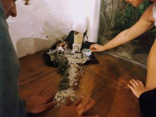 objeto para enterro . objeto para destruição