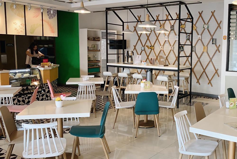 Manna & Golde Cafe QC, mom at last venue for baby shower / sprinkle
