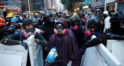 Hong Kong: manifestantes cantam hino americano e pedem ajuda dos EUA