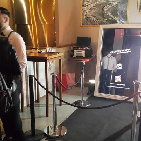 El espejo mágico en la inauguración de Baum Caballito