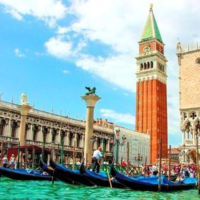 Cómo hacer un PASEO EN GÓNDOLA en Venecia por menos de 15€ | ITALIA