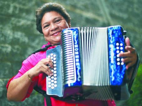 Roban el acordeón de Maribel Cortina en  Valledupar