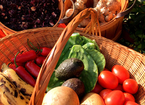 """Yardens the """"New-Old"""" Healthcare System:  5 Garden Foods That Can Be Used Medicinally"""