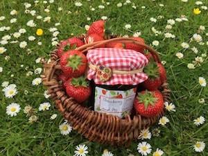 Domácí jahodová marmeléda