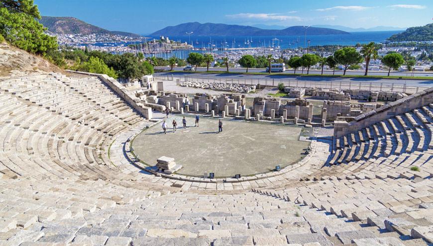 Bodrum Antik Tiyatrosu | GeziBahcesi Seyahat Gezi Bloğu