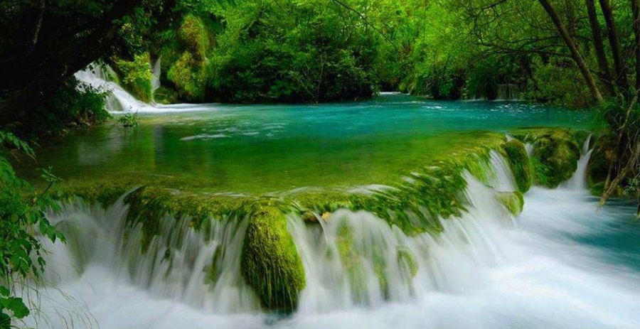 Plitvice Lakes about: