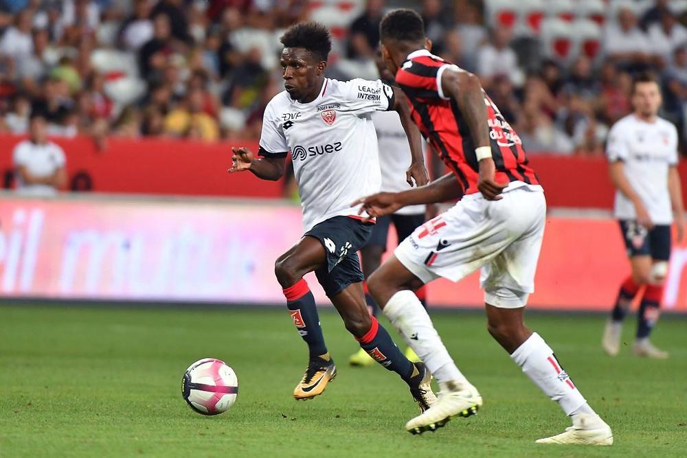 Jules Keita lors du match entre le Dijon FCO et l'OGC Nice