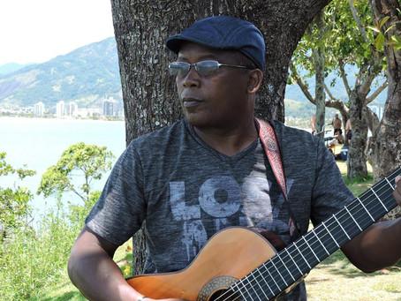 Assista o músico e compositor Flausino Viterbo na festa beneficente da Boaçaonaria.