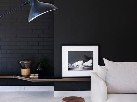 :: paredes escuras ::