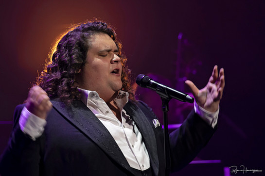 Jonathan Antoine California, USA