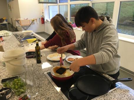 """Classroom Cooking oder: """" Was soll das heißen - ihr kennt keinen Lángos?"""""""
