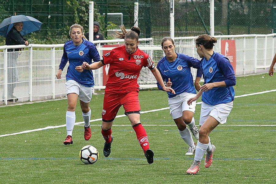 Marina Josserand lors du match DFCO - Metz