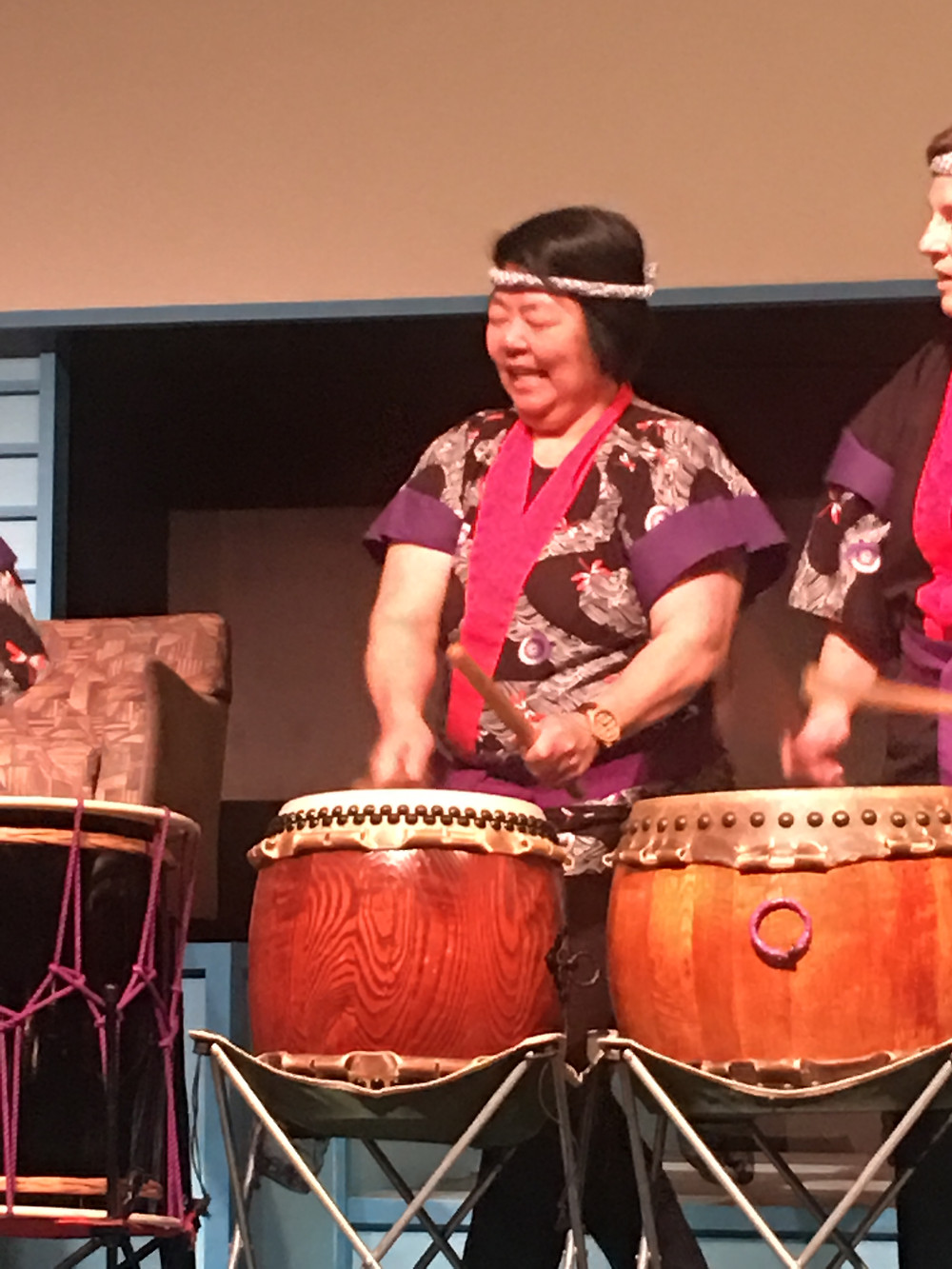 Toni Yagami playing Taiko drums