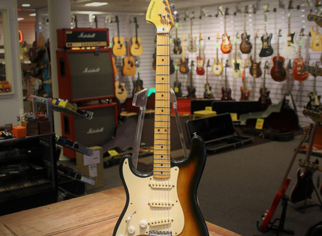 Begagnad Fender Stratocaster Lefty från 1978, 19999:-