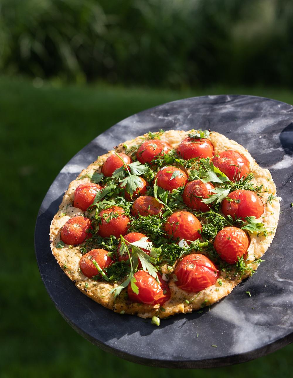 Pomidorų pyragas, pyragas su pomidorais, grilio patiekalai, Alfo receptai