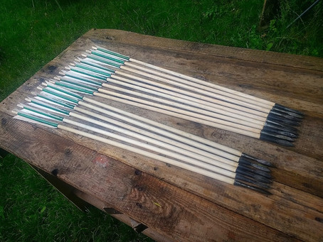 16 fully authentic heavy war arrows to be used in an upcoming  project