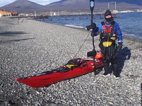 Vuelta al Lago Fagnano en Kayak por Martin Dunezat.