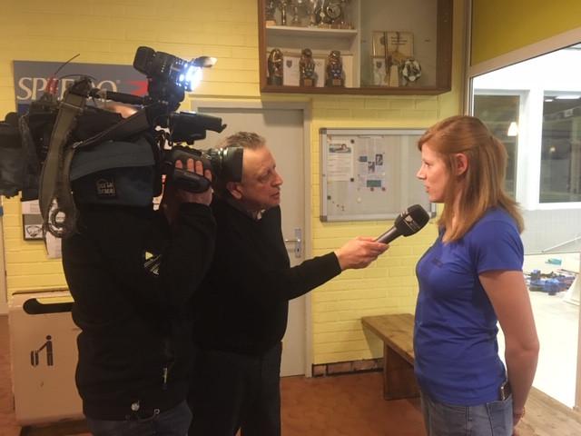 Jacintha Lambert (voorzitster Beernemse Zwemclub) onderstreept de nood aan nieuwe zweminfrastructuur in een interview met Focus-WTV