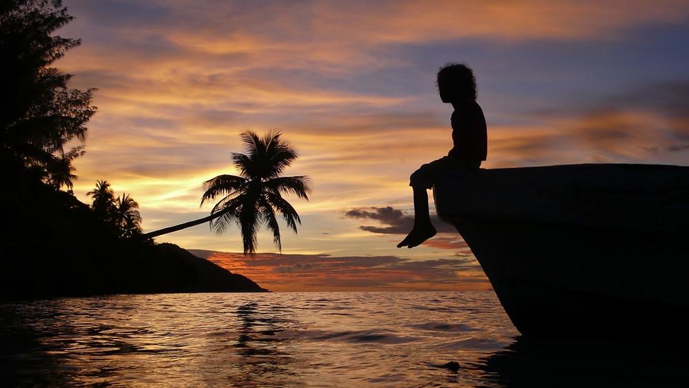iles Raja ampat coucher de soleil