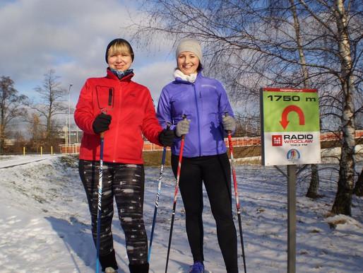 Nordic walking nie tylko odchudza ...