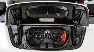 Nissan Leaf - CHAdeMO(DC) + Type 2(AC)