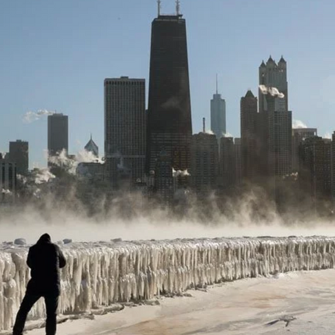 Good Samaritan Picks up Hotel Tab for 70 Homeless in Chicago Amid Life-Threatening Cold