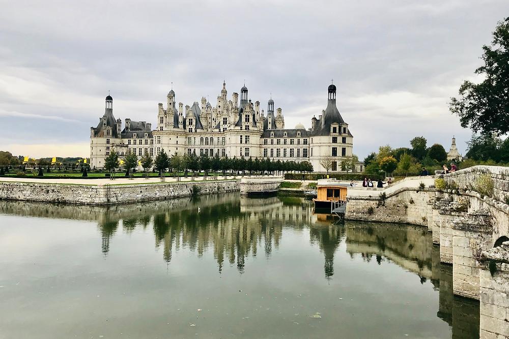 chateau-de-chambord-water-reflection