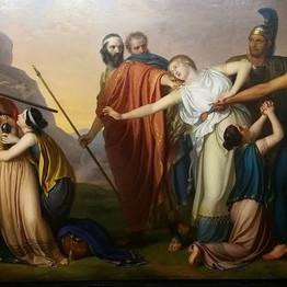 """""""Ama Antigone gibi insanlar söz vermez hiç. Onlar yalnız yapar."""""""